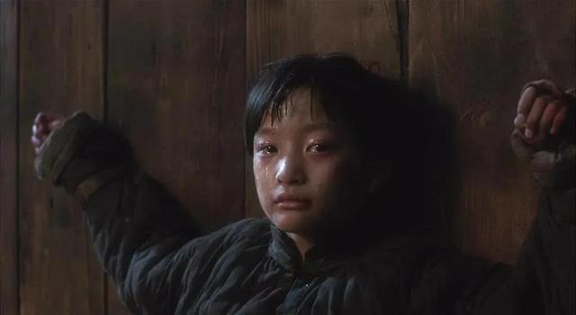 霸王别姬中老太监对年少小豆子怎么了?诸葛告诉你答案 第1张