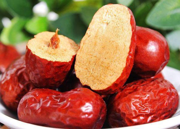 常吃红枣有什么好处和坏处? 第1张