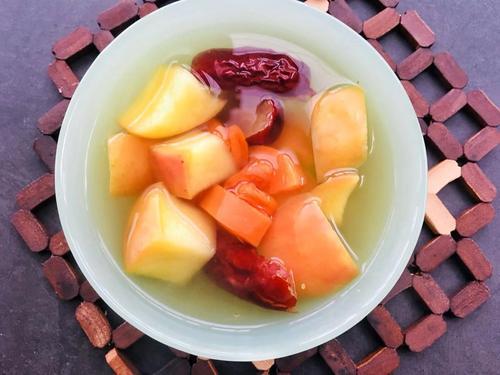 女生来大姨妈期间吃什么好?记得要多吃吃红枣和苹果 第1张