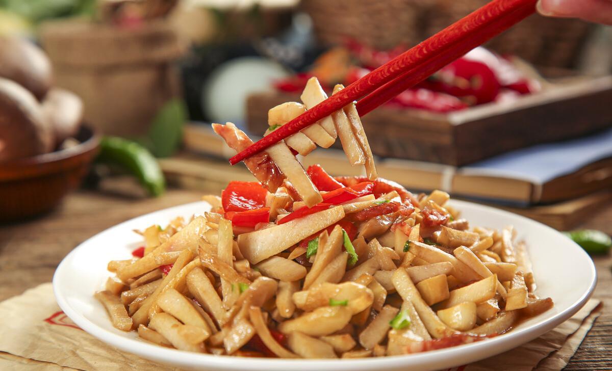 来看处理新鲜竹笋的小妙招,让你爱上吃竹笋。 第1张