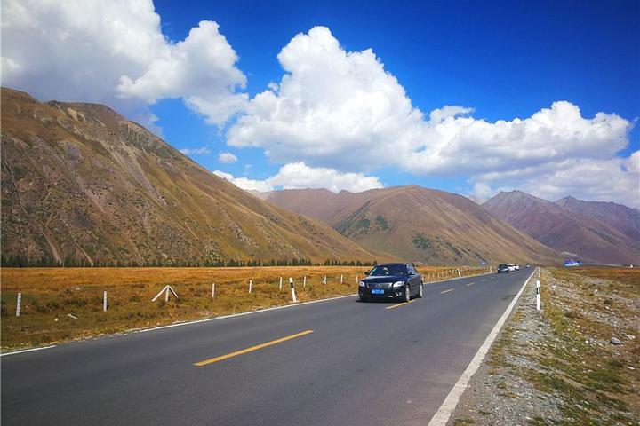 乌鲁木齐出发主要看独库公路两边景色目的地到喀什,怎么玩能不走回头路? 第1张